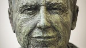 Borstbeeld van ex-premier Yves Leterme onthuld in de Kamer