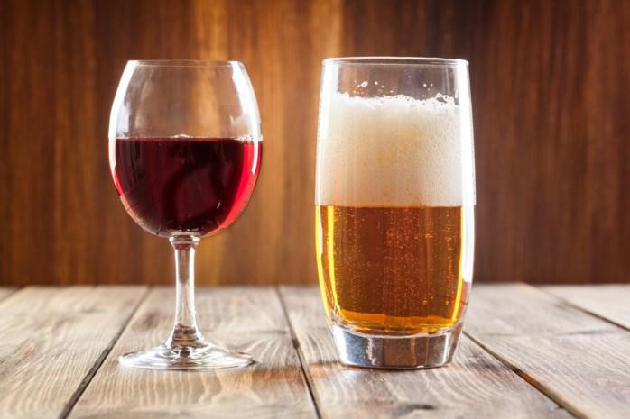 Vraag het aan de diëtist: Geeft wijn na bier plezier en bier na wijn venijn?