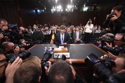 Zuckerberg telt de dagen af want 2018 was het horrorjaar van Facebook: een kroniek van schandalen en lekken