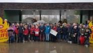 """Warmste gemeente van Vlaanderen geeft cheque van 70.000 euro: """"Dat is 10 euro per inwoner"""""""