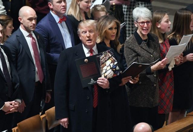 """Democraten beschuldigen Trump ervan VS in chaos te storten, president klaagt: """"Arme ik"""""""