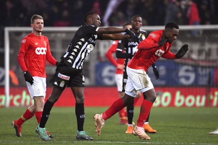 """Matchwinnaar Mpoku trapt stevig na naar Charleroi: """"Ze oogsten wat ze gezaaid hebben"""""""