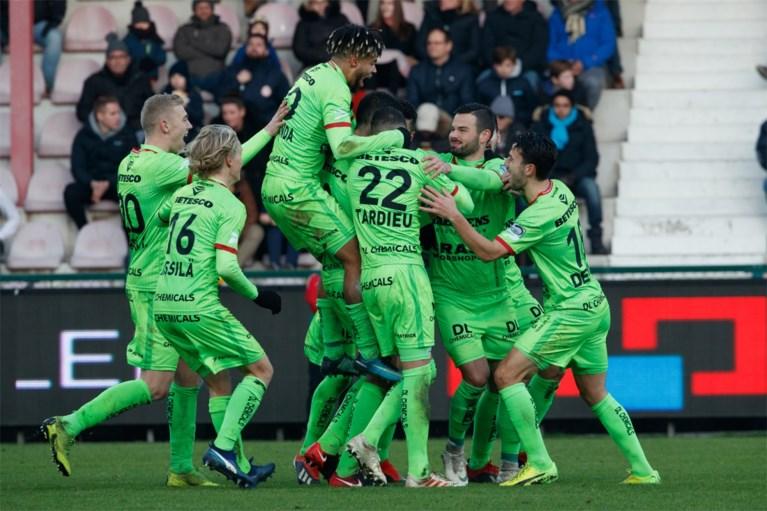 Dolle acht minuten leveren KV Kortrijk zege op in derby tegen Zulte Waregem
