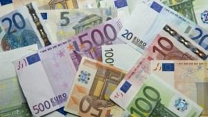 """20 jaar geleden maakten we kennis met de euro: twee crisissen later blijft de munt een """"fragiele kolos"""""""