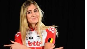 Cameron Vandenbroucke (19) showt nieuwe outfit bij Lotto-Soudal Ladies