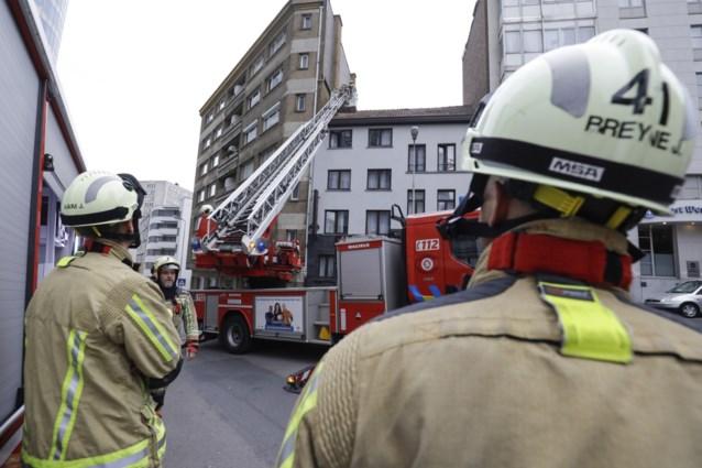 """Brusselse brandweer bevrijdt jongen (10) uit schoorsteen: """"Waarschijnlijk een amateur-speleoloog"""""""