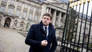 """Partijvoorzitter John Crombez (SP.A): """"Migratie naar Europa moet verminderen"""""""