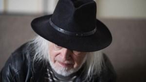 Onbekende veilt iconische hoed van Jean-Pierre Van Rossem voor 50 euro