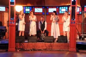 MissT maakt een vocale folkreis door Europa in Arscene in Hansbeke
