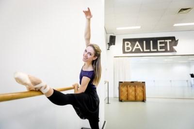 """Hanne Decoutere: """"Op mijn achttiende kwam ik binnen, ging in split zitten en trok mijn been tegen mijn oor. Nu moet ik een halfuur opwarmen"""""""