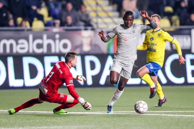 Racing Genk boekt straffe zege in dolle derby tegen STVV