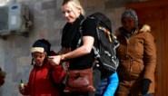 Twee zoontjes die door Belgische stiefmoeder achtergelaten werden in ISIS-gebied herenigd met biologische moeder, met dank aan Roger Waters van Pink Floyd
