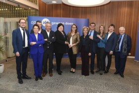 Open VLD-minister Philippe De Backer weigert eerste plaats op Kamerlijst en stopt met politiek
