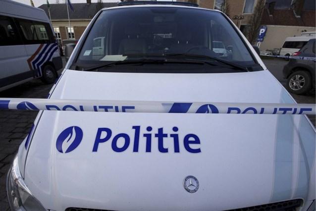 Gewapende man verschanst zich in kelder van dierenartspraktijk in Sint-Pieters-Woluwe