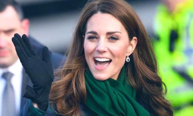 Kate Middleton brengt mooi eerbetoon aan prinses Diana tijdens uitstap