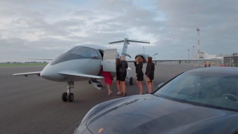 Met een privéjet naar Ibiza voor je vrijgezellen zoals Jolien uit 'Blind Getrouwd: hoeveel kost dat eigenlijk en wat mag je aan boord verwachten?