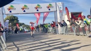 Europees wielerseizoen geopend op Mallorca: Jesus Herrada zet favorieten een neus, Tim Wellens finisht vijfde