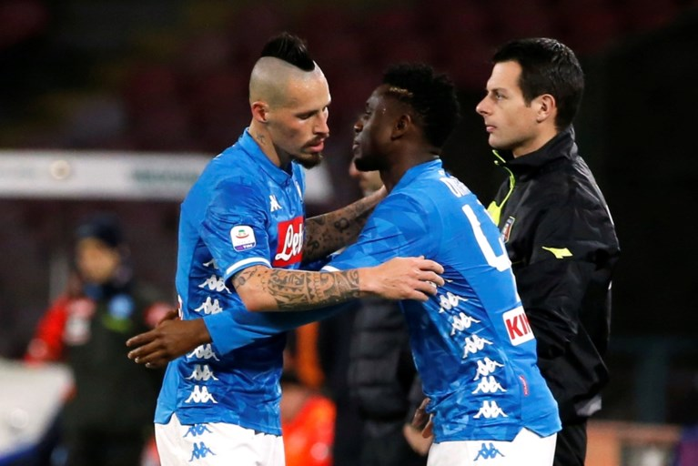 """Krijgt Yannick Carrasco nog een bekende ploegmaat? """"Dalian Yifang biedt 9 miljoen euro per jaar voor Napoli-ster"""""""