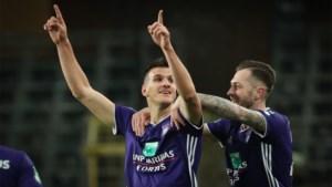 """Santini bleef bij Anderlecht en speelt dus ook tegen zijn ex-club Standard: """"Schrik in Luik? Ik heb er toch niemand vermoord?"""""""