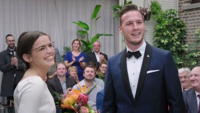 Waar waren de ouders van Annelies in 'Blind getrouwd'?