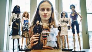 McCarbie, de zeventienjarige Antwerpse die Barbie in een luxekleedje steekt