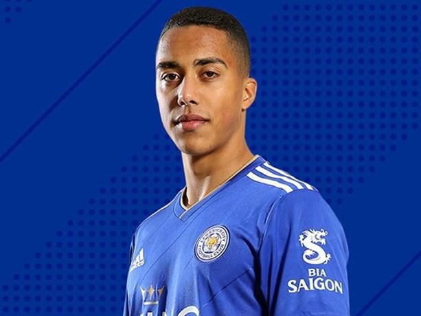 Youri Tielemans start bij debuut meteen in de basis bij Leicester City in topper tegen Tottenham