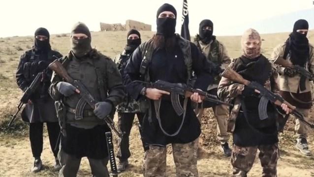 Ruim 1.000 ISIS-aanhangers van Syrië naar Irak gevlucht