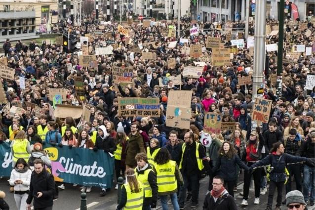 De wereld op zijn kop: Genkse scholieren spijbelen om niét mee te lopen in klimaatmars