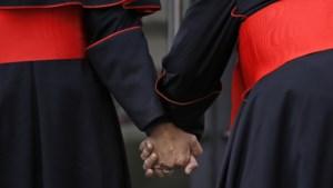 """Waarom het Vaticaan in een moeras van seksualiteit is beland: """"Homoseksualiteit is de sleutel om de kerk te begrijpen'"""