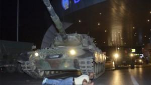 Opnieuw 300 Turkse militairen verdacht van banden met Gülen na mislukte staatsgreep