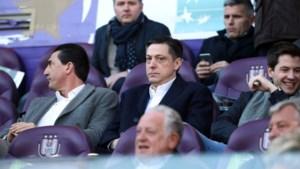 """Dejan Veljkovic dook zonder scrupules op tijdens Anderlecht - Club Brugge. """"We wisten dat dit enige deining zou veroorzaken"""""""