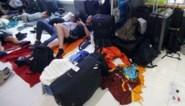 Steeds meer vluchten tussen Thailand en Europa geschrapt, duizenden passagiers gestrand in Bangkok