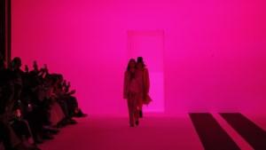 Ann Demeulemeester verrast op Parijse modeweek