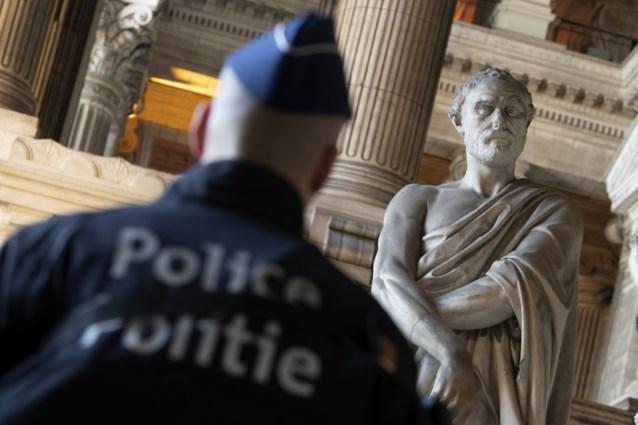 Veiligheidsmaatregelen opgeschroefd voor pleidooien verdediging op proces over aanslag Joods Museum