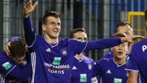 """Slagen van Ivan Santini roepen steeds meer weerstand op: """"Anderlecht had hem al eerder op het matje moeten roepen"""""""