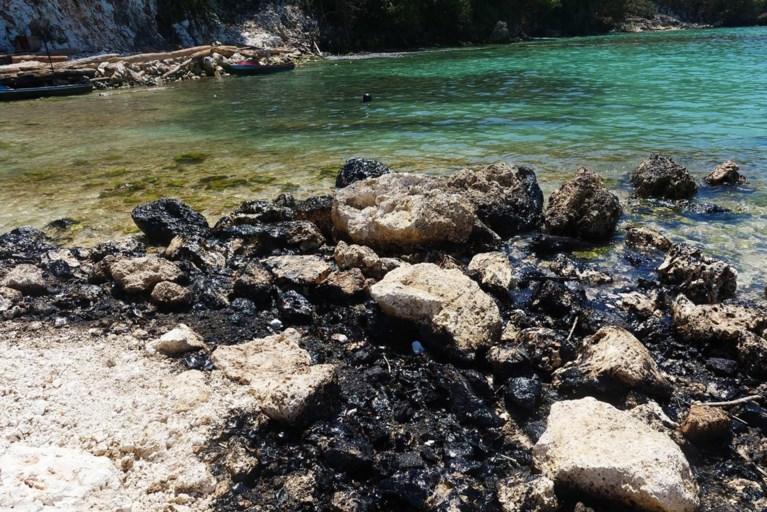 Trage respons op olielek bedreigt zeegebied dat werelderfgoed is aan Salomonseilanden