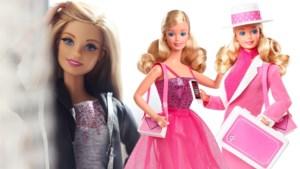 """Barbie wordt vandaag 60 en spreekt voor het eerst meer dan vier zinnen: """"Meer dan 200 beroepen had ik al. Ik begin stilaan uit te kijken naar mijn pensioen"""""""