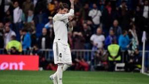 """Sergio Ramos toont zich een echte kapitein op Twitter: """"Gele kaart in Amsterdam was grote fout"""""""