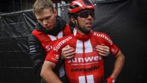 """Ploegleider vreesde opnieuw voor het leven van een van zijn renners: """"Parijs-Roubaix van vorig jaar schoot door mijn hoofd"""""""