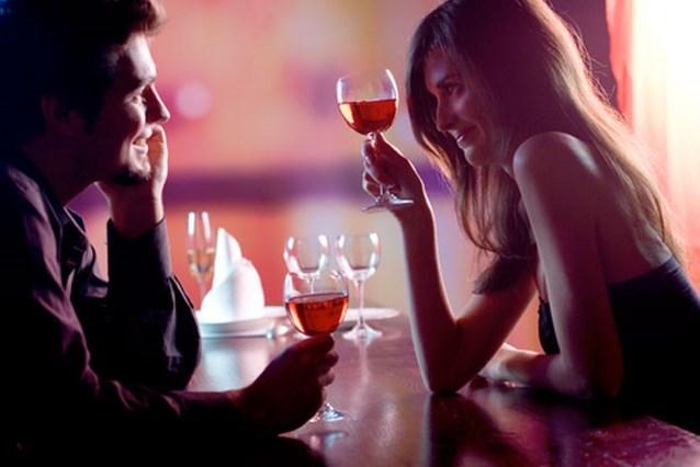 """""""Ik wil graag af van die schaamte bij het daten"""" Onze seksuoloog geeft advies"""