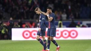 PSG wint topper tegen Marseille, Meunier valt geblesseerd uit