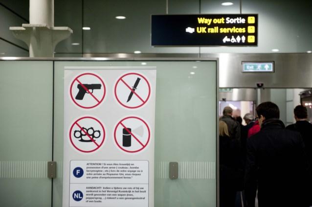 """Met bomgordel voorbij security op Brussels Airport: """"Geen enkel bewijs van een dergelijk incident gevonden"""", zegt FOD Mobiliteit"""