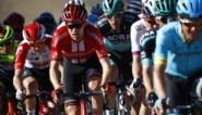 """Tom Dumoulin beseft dat hij nog veel werk heeft voor de Giro: """"Ik was pelotonvulling in Tirreno"""""""