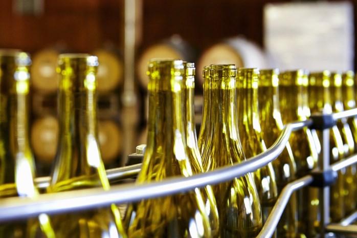 Meer wijn, maar geen flessen om die in te doen