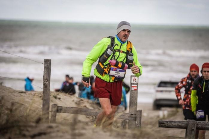 """Didier Loomans doet mee aan de zwaarste loopwedstrijd ter wereld: """"Tom Waes is mijn grote inspiratie"""""""