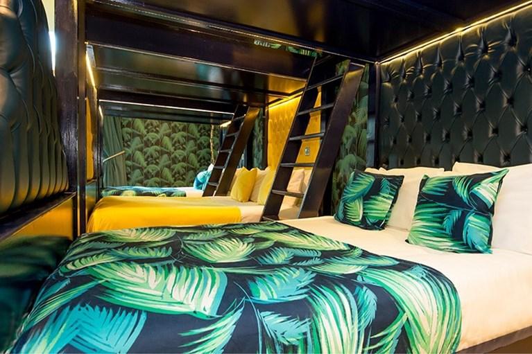 Luxehotels zetten steeds vaker een stapelbed in de kamer