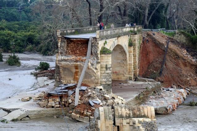 Noodtoestand op Kreta vanwege hevige regenval en overstromingen
