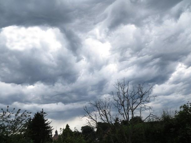 KMI kondigt code geel af: intense onweersbuien verwacht