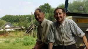 """Broers Louis en Hubert treden in de voetsporen van boer Charel: """"Iedereen zei me dat zulke mensen niet meer bestonden. Maar we hebben ze gevonden"""""""