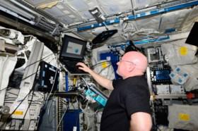 Experiment met tweeling in de ruimte afgelopen: kunnen we straks naar Mars zonder kanker te krijgen?